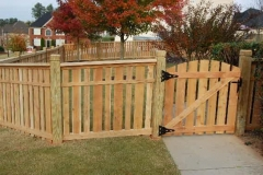 282_capped picket fence-min